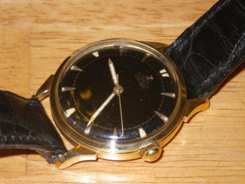 40 s Gubelin Ipsomatic  18K Solid Yellow Gold  Black Gilt Dial  Mens Dress Watch for sale