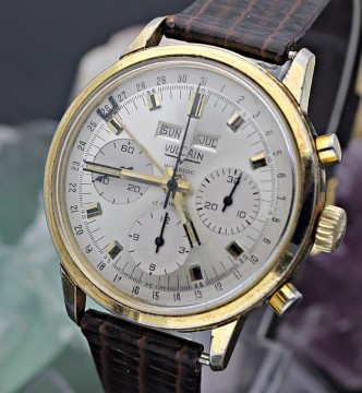 Vintage Vulcain Triple Date Chronograph Valjoux 730 Gold Plaque Men's Watch for sale