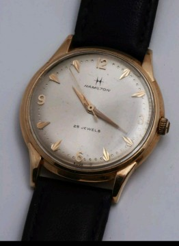 Hamilton Watch gold Original and well Looked after for sale